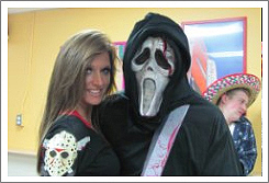 Couple dressed up from the movie Scream.
